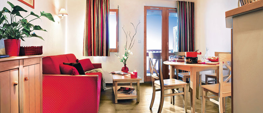 France_Meribel_Les-Ravines-Apartments_Living-room.jpg